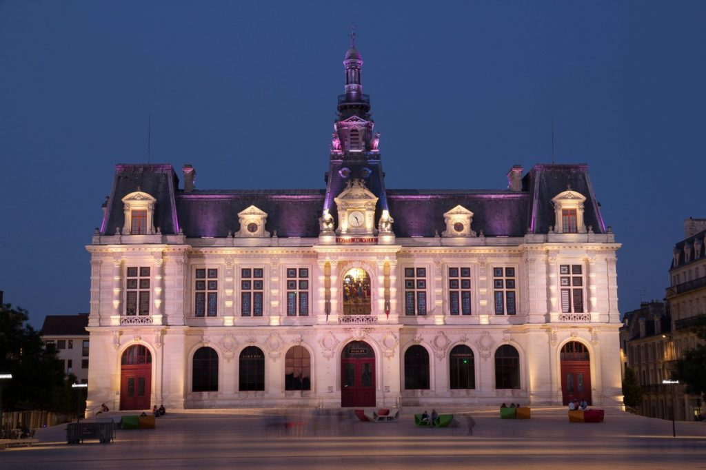 emploi Poitiers